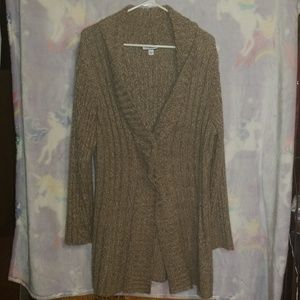Knit cardigan with 2 buttons